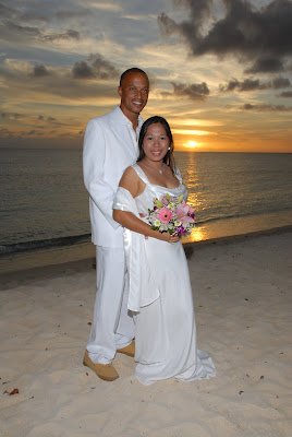 Locals Sunset Wedding at Marriott Courtyard Beach - image 5