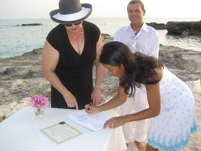 Simple Smith Cove Wedding - image 3