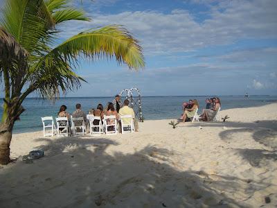 Weekend Wedding at the Reef Resort, East End - image 1