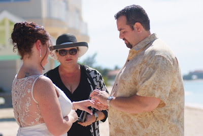 Seven Mile Beach Cruise Wedding for Port Richey Couple - image 1