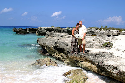 Simple Cayman Islands Beach Wedding for Illinois Couple and Family - image 7