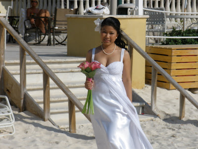Grand Cayman Marriott Beach Wedding for Residents - image 2