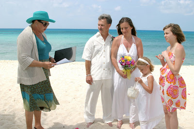 Family Style Cruise Wedding & Sand Ceremony in West Bay - image 1