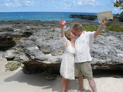 Simple Cayman Beach Wedding for Cruise Ship passengers - image 2