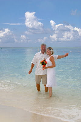 Cayman Islands Beach Wedding was Enchanting for Canadian Cruisers - image 6