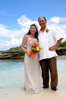Beautiful Cruise Wedding at My Secret Cove, Grand Cayman - image 7