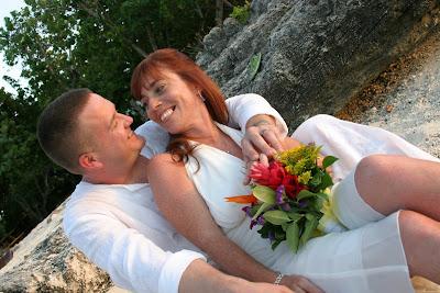 Sunset Cayman Beach Wedding for Massachusetts Pair - image 3