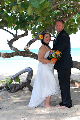 and Stingray makes three, for this Grand Cayman Wedding - image 1