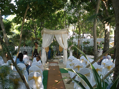 Traditional Caymanian Garden set off this Beautiful Wedding - image 6