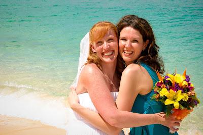 The Tropical Spendour of a Cayman Beach Wedding - image 6