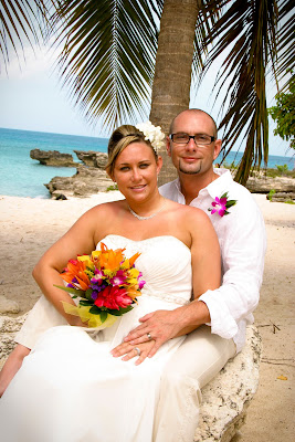 The Best of a Grand Cayman Cruise Wedding - image 4