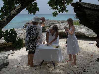 Why Grand Cayman is Perfect for Your Summer Cruise Wedding - image 4
