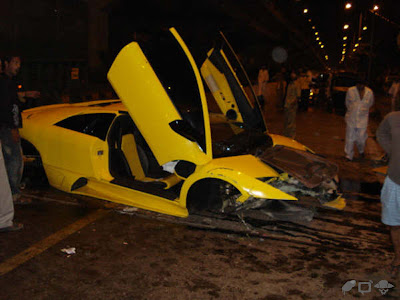 Lamborghini Murcielago LP640 Crash in Bombay