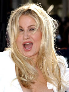 Jennifer Coolidge - MILF