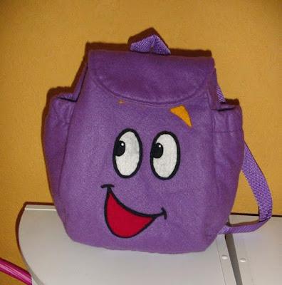 ... mochila llena de caramelos y regalarla como dulcero de diego y dora