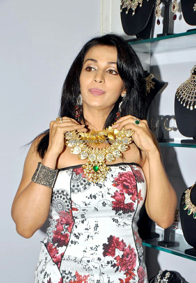 Asha Saini - Celebrity Curry for Celebrity Gossip
