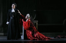 Anna and Rolando during performing a part of Manon at the Met&#39;s 40th anniversary gala 07