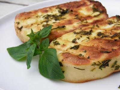 Рецепты домашнего сыра, блюда из сыра :) Suris+keptas+ant+lauzo.m