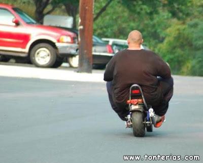 gordo en moto - YouTube