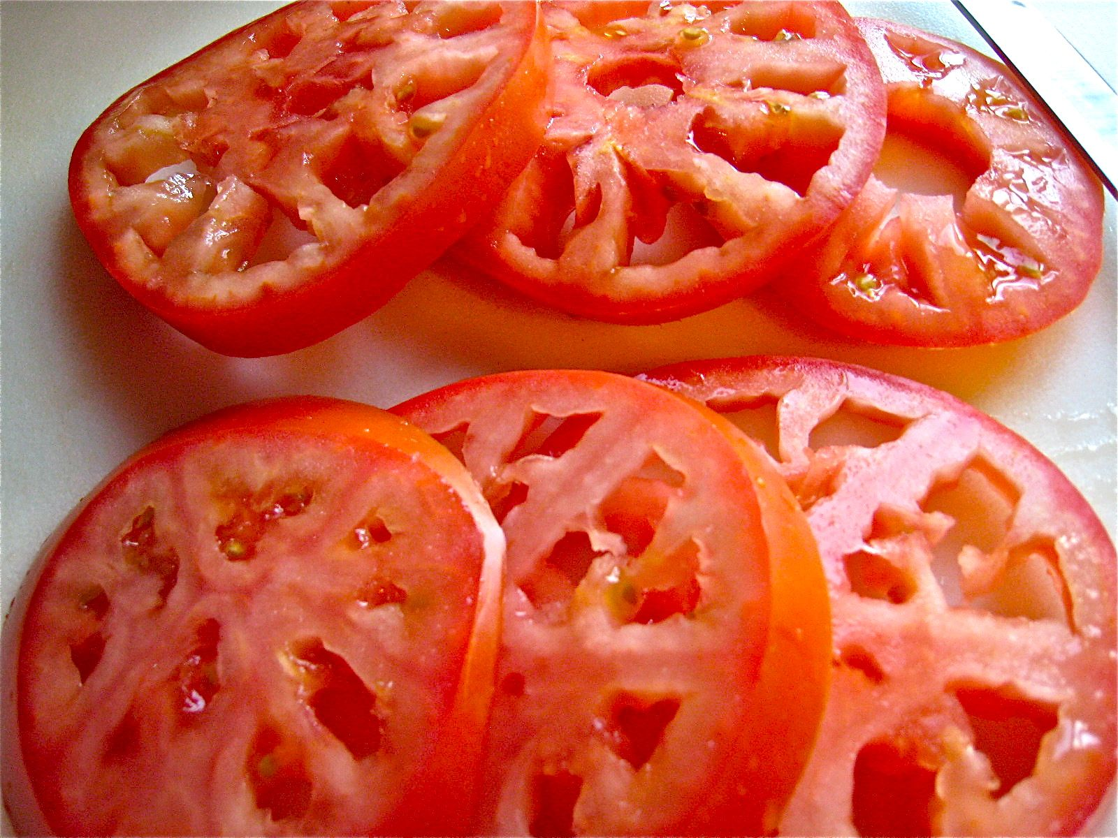 delectalicious how to slice a tomato