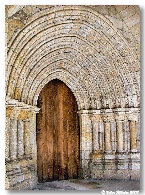 Portal gótico da Sé de Viseu