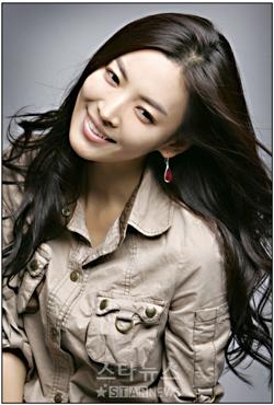 [Kim+So+Yun's++Korean+Stars-022.jpg]