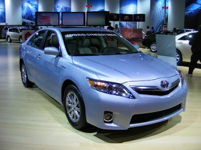 The 2010 Toyota Camry Hybrid