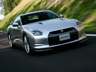 Nissan GT-R Car New Reviews European version