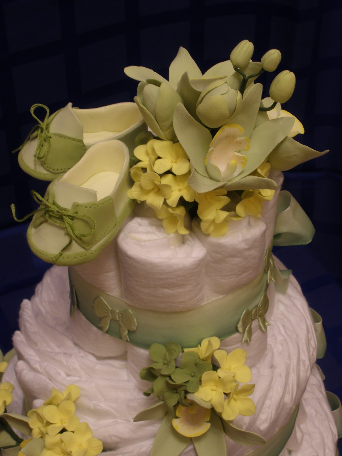 Торт из памперсов для новорожденного