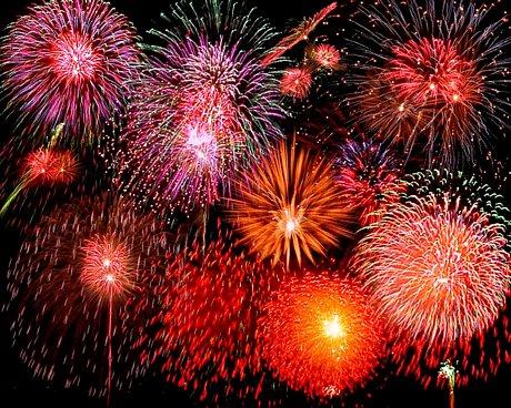 http://3.bp.blogspot.com/_ZI_oVm_I3t8/TUeAKjKbpXI/AAAAAAAAAug/k-DVyWTLyGc/s1600/disney-orlando-fireworks.jpg