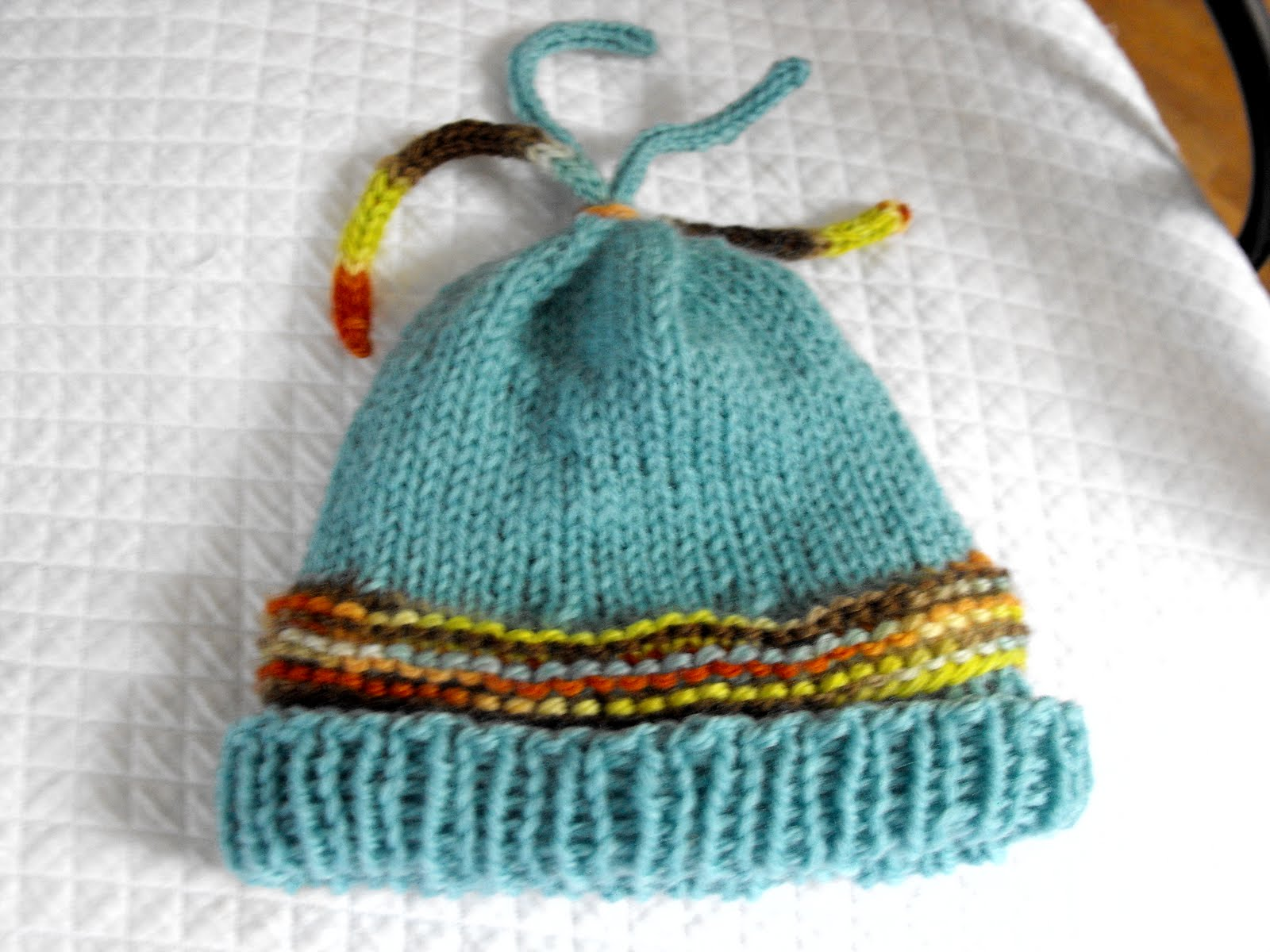 Knitting Pattern Umbilical Cord Hat : Knitting Amy: I-cord tasseled hat