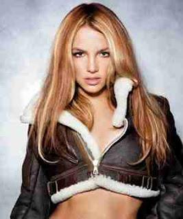 Gossip artist today is Britney Spears, she was born on December 2 ...