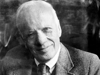 walker percy the loss of the creature essay The loss of creature by walker percy during this essay written by walker percy, it is clear that his overall opinion of experiencing new things is in the eye of the beholder and/or the hands of those around them and their social status.
