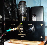 "Audiotailor ""Jade"" Tube Headphone Amplifier (6AS7G x 1, 12AX7 x 1);"
