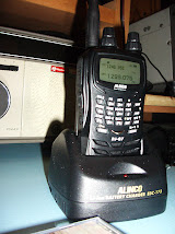 Alinco DJ-G7 Tri-band Handheld Transceiver (144MHz, 430MHz and 1.2GHz) plus General Coverage Rx.