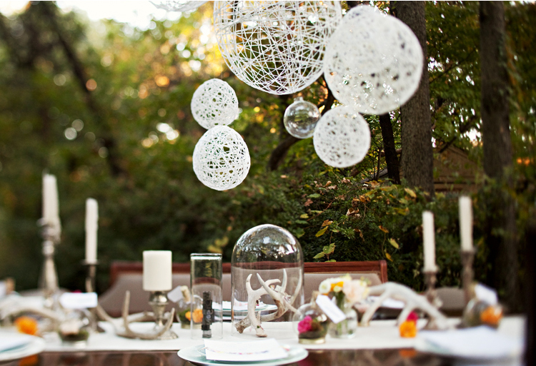 I think these string lanterns would be perfect for an outdoor wedding