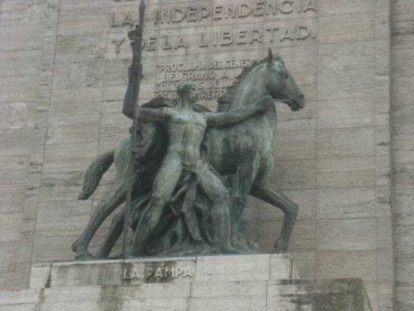 Monumento a la bandera..(explicacion)