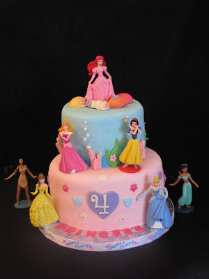 Princess Birthday Cakes on Disney Princess Themed Birthday Cake This Four Year Old Girl S