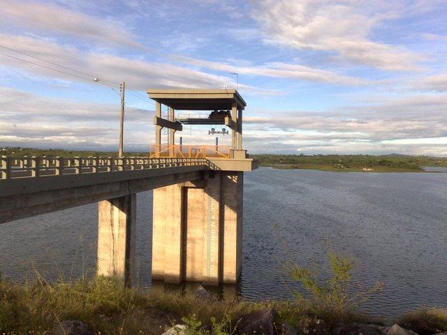 Comportas da Barragem de Carpina serão vistoriadas