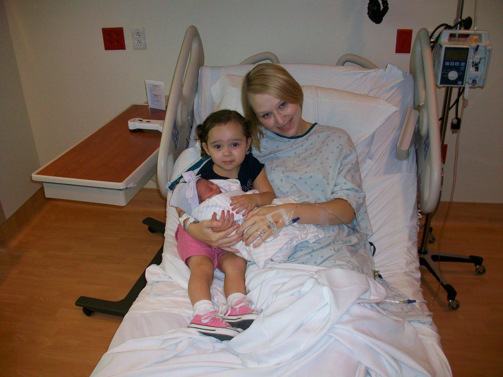 imgsrc.ru daddy She met her big sister. (I did not put those dorky looking socks on Alana!)