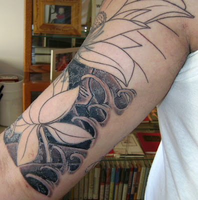 The work is done by Horisei at Chelsea Tattoo Company.