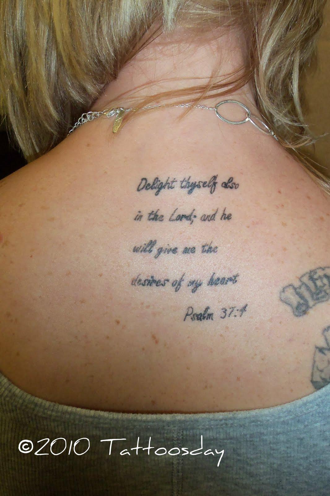 Tattoosday (A Tattoo Blog)