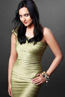 Dabangg's debutant Sonakshi Sinha's mom tough with her