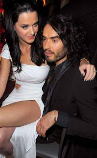 Katy Perry, Russell Brand to go for Double honeymoon after Marriage