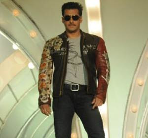 Bigg Boss 4 to get show cause notice