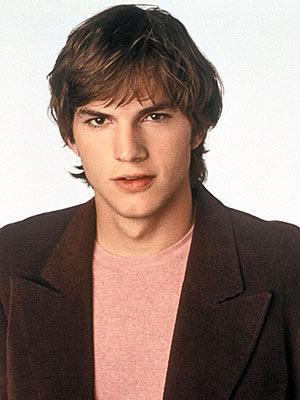 ashton kutcher wallpaper 2010. Ashton Kutcher wins battles