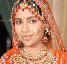 TV Actress Vibha Anand quits Balika Vadhu