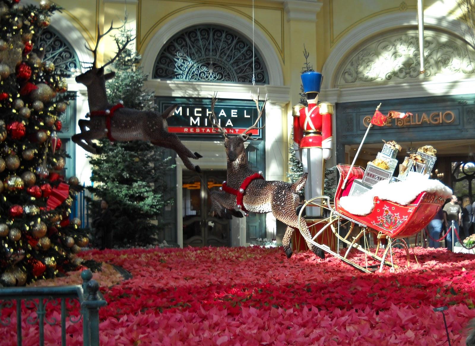 Snippets 'N Stuff: Las Vegas Bellagio at Christmas