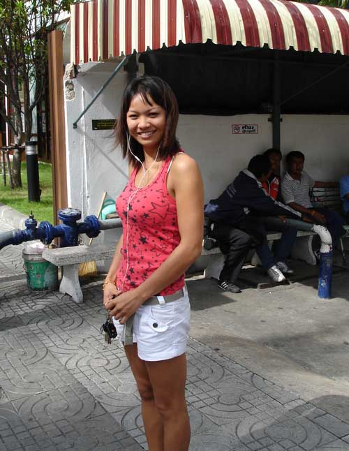 free thai dating uk Online dating in thailand for free meet thousands of local thailand singles, as the worlds largest dating site we make dating in thailand easy plentyoffish is 100% free, unlike paid dating sites.