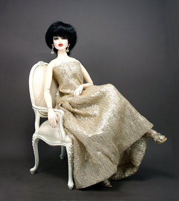 The fashion doll chronicles my dolls in haute couture a for Haute couture photoshoot